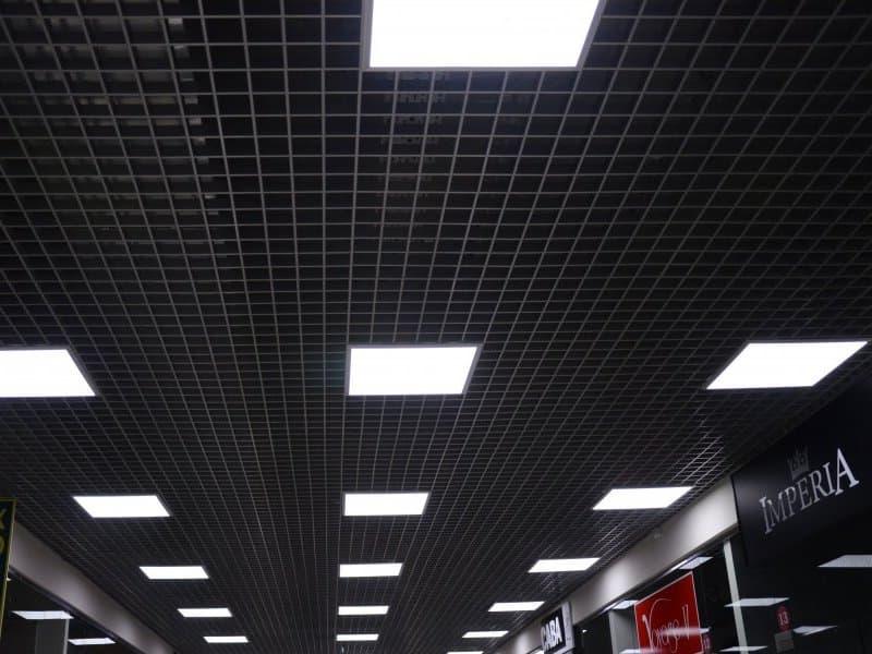 Светильники LED в интерьере ТЦ